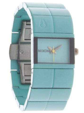 Nixon The Cougar Women