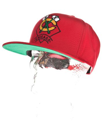 Mitchell & Ness Chicago Blackhawks Arch Diamond Logo Cap