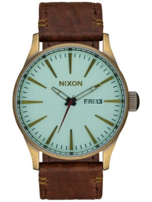 nixon uhr armbanduhr the sentry leather uhr herren m nner. Black Bedroom Furniture Sets. Home Design Ideas