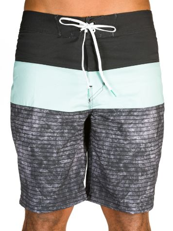 Billabong Tribong X 18 Boardshorts