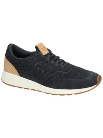 New Balance 420 70s Running Sneakers