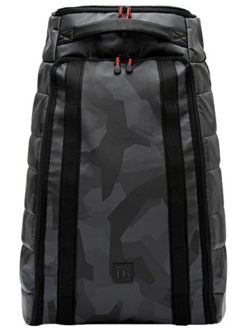 douchebags The Hugger 60L Black Camo Travelbag